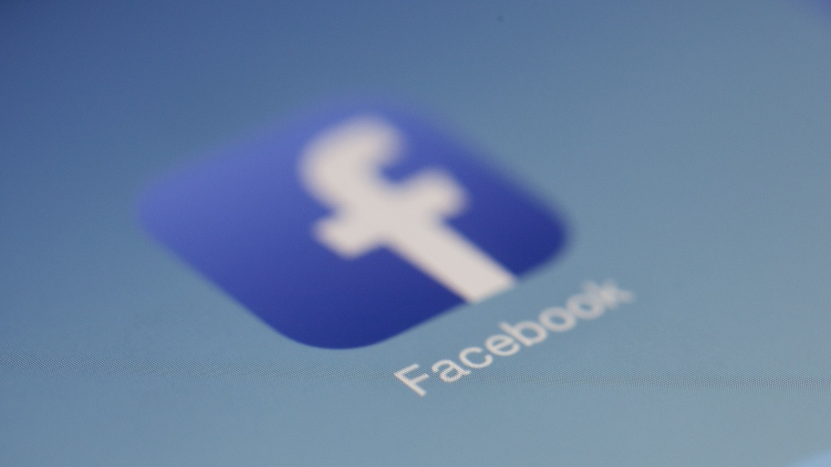 How to Download Facebook Videos for Free on Android, iPhone